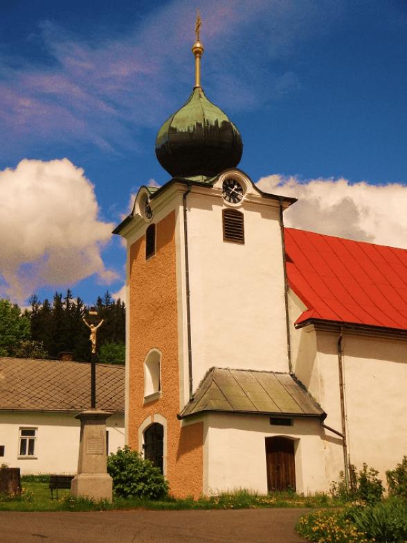 Naturbestattung Montes Mariani - Kirche im Böhmerwald